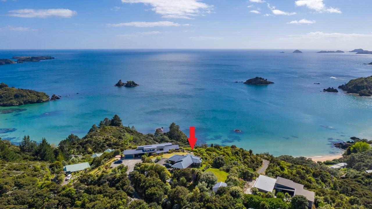 1692E Wainui Road, Te Ngaere Bay