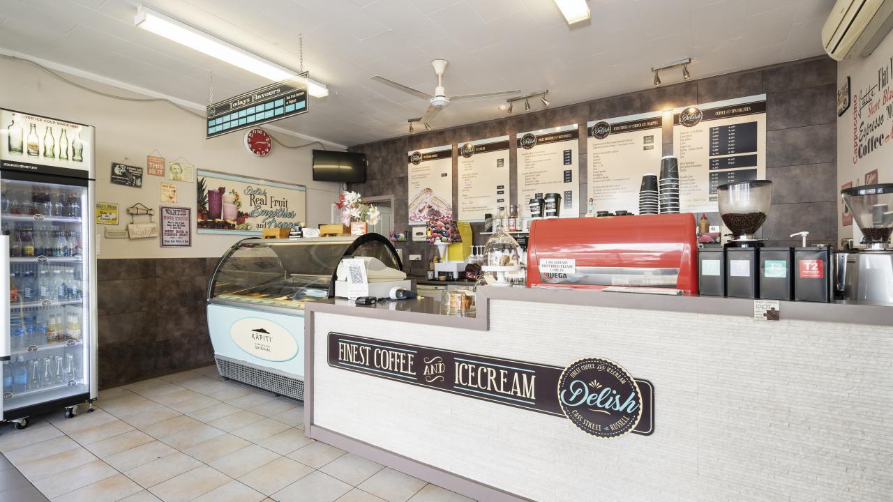 Shop 4 Cass Street, Russell
