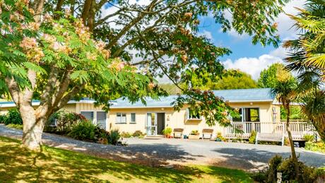 39b Petley Road, Paparoa