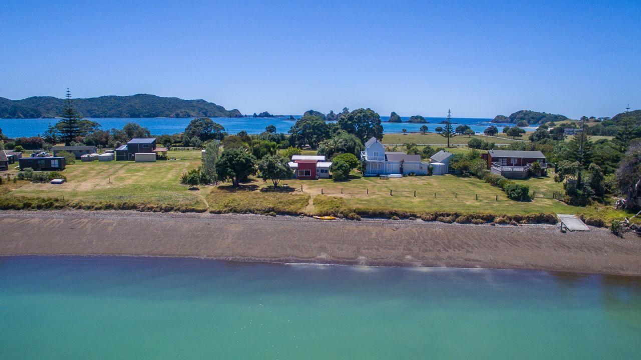 812 Whangaruru North Road, Bland Bay