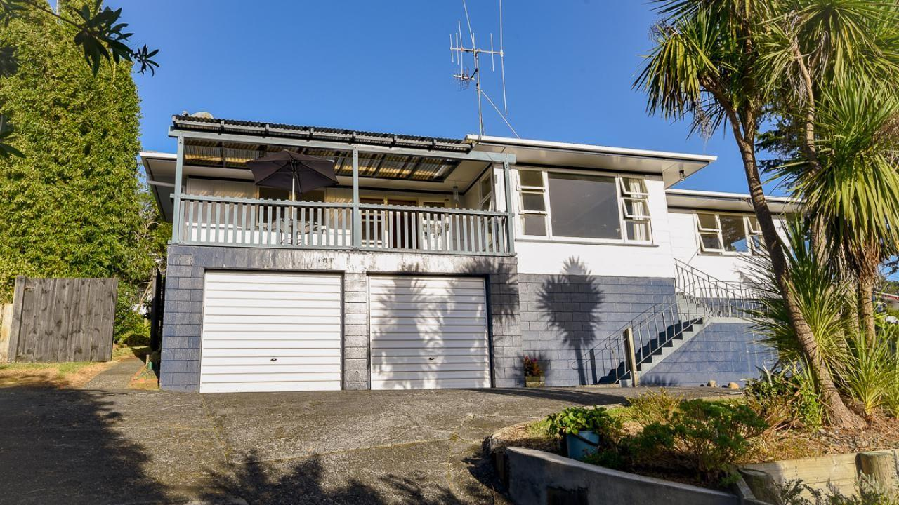 48 Hilltop Avenue, Morningside