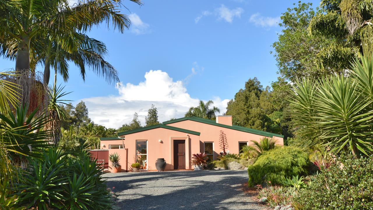 56 Springs Road , Whatitiri