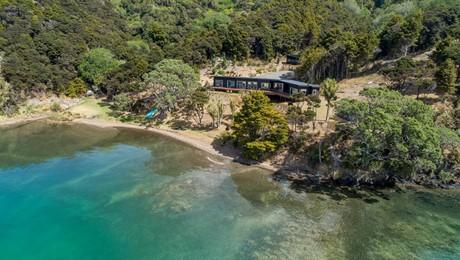 119 Nook Road, Parua Bay
