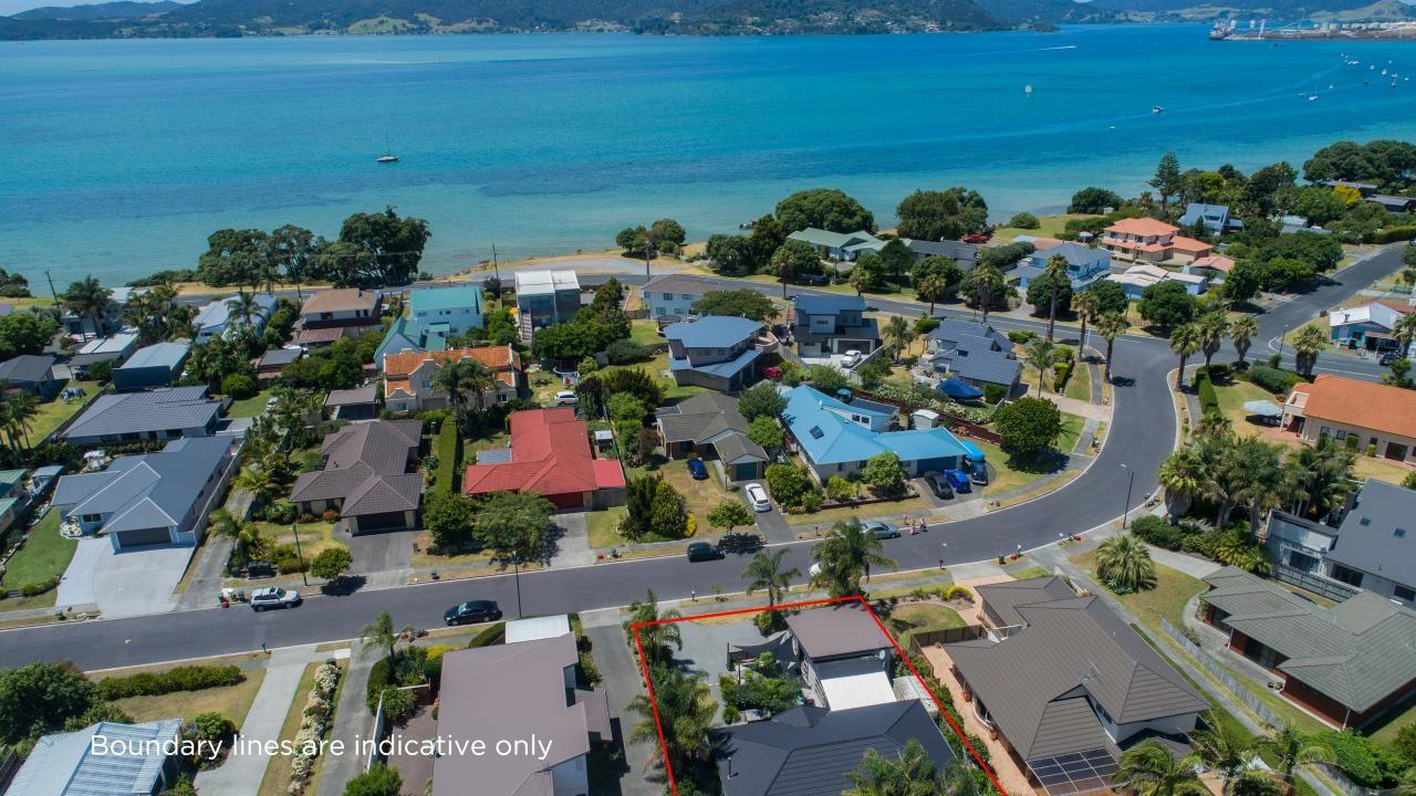 17 Bermuda Place, One Tree Point