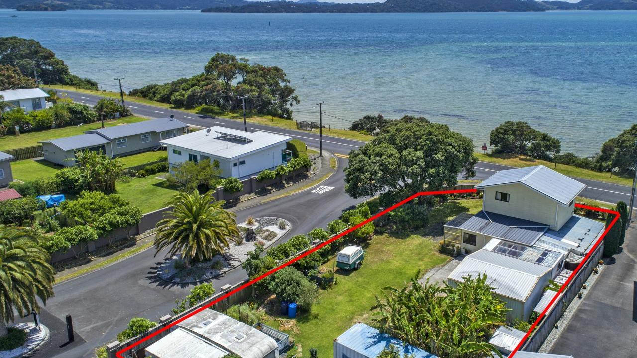 223 One Tree Point Road, One Tree Point