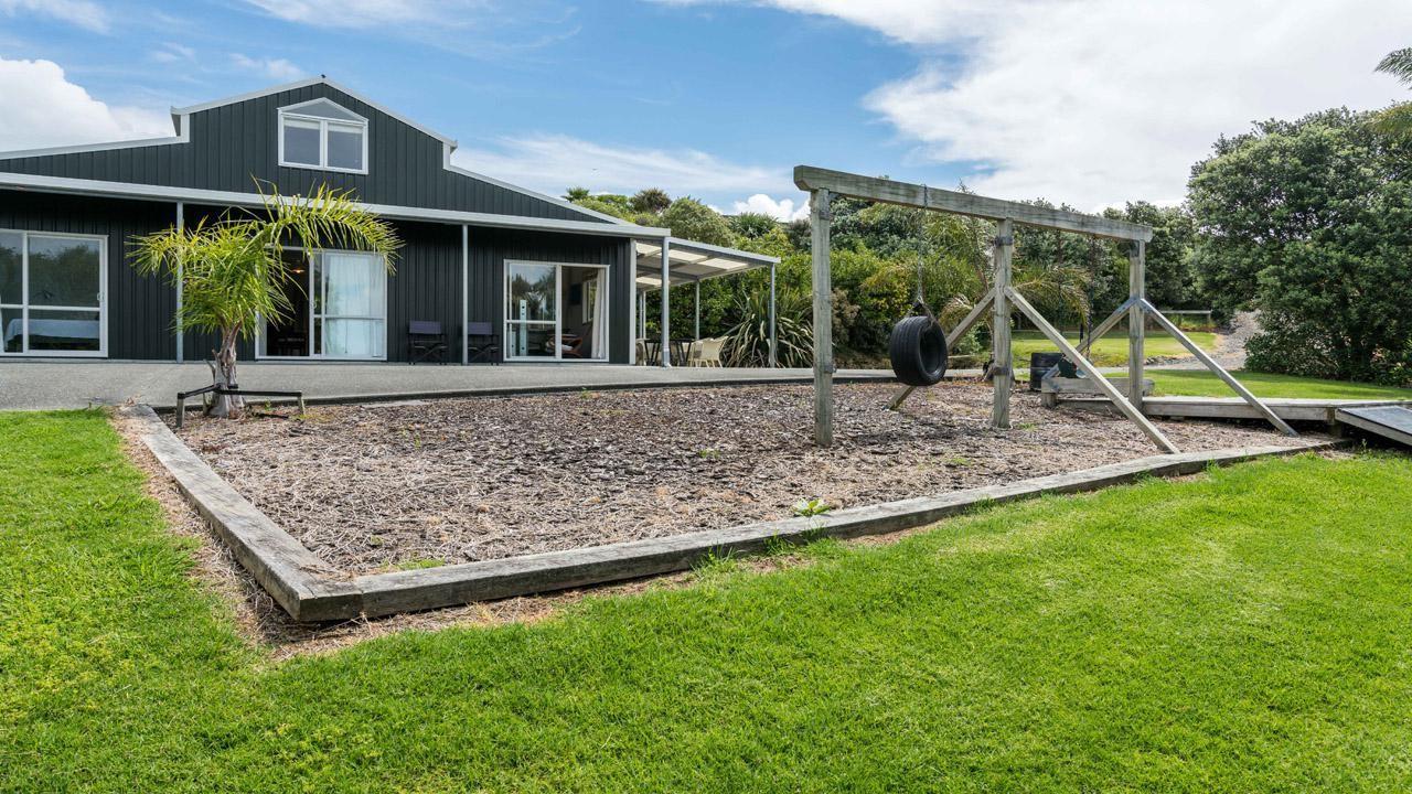 16 Cullen Rd, Waipu Cove