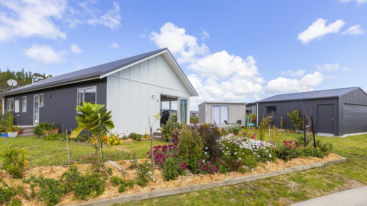 11 Northcoast Place, Mangawhai Heads