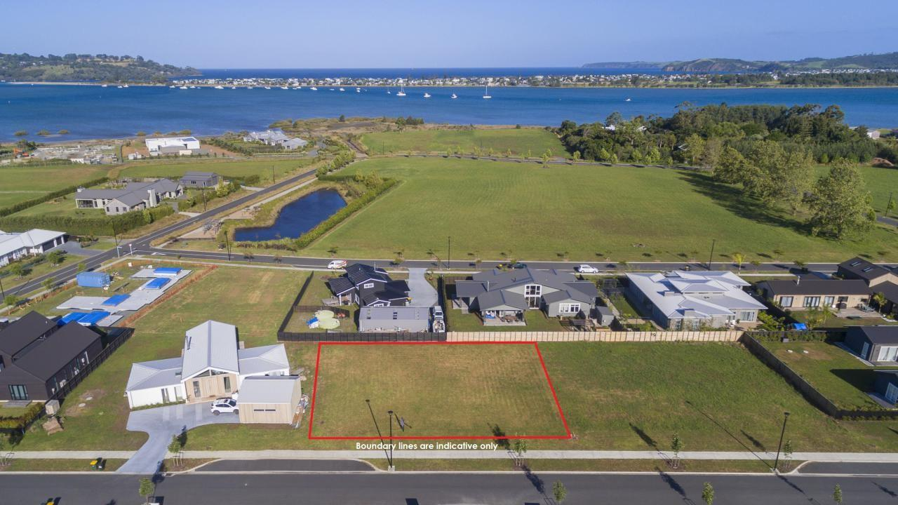 5 Shearwater Lane, Point Wells