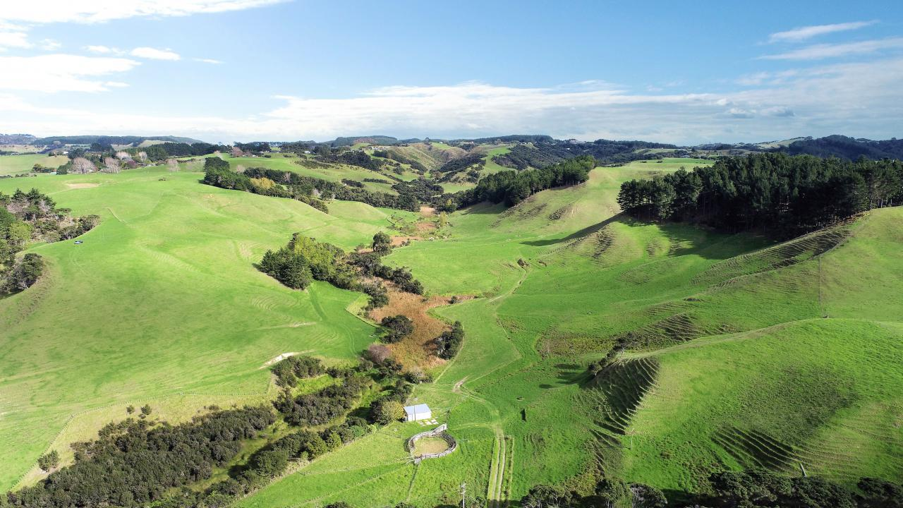 1493 South Head Road, Helensville