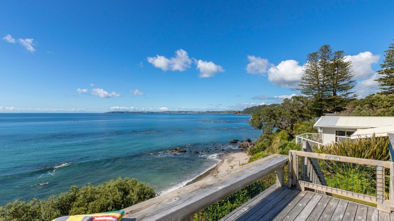 61 Grand View Road, Matheson Bay