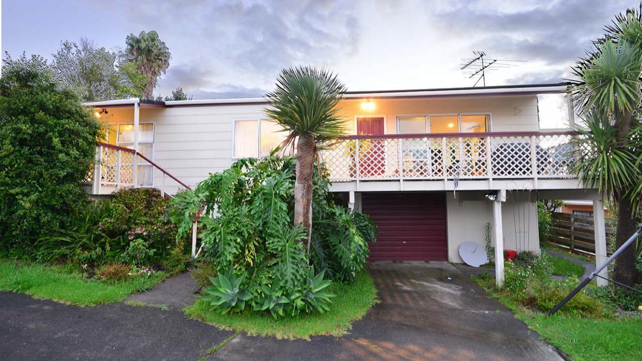 10 Royalty Rise, Red Beach