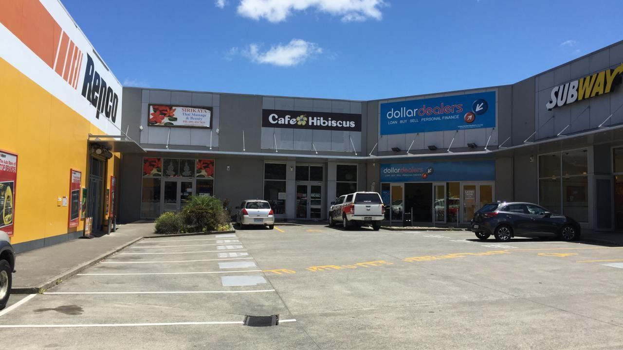 4/639 Whangaparaoa Road, Stanmore Bay