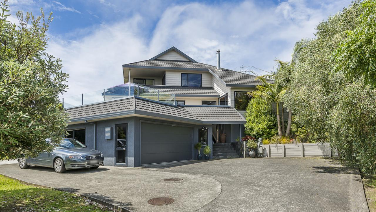 30 Royalty Rise, Red Beach