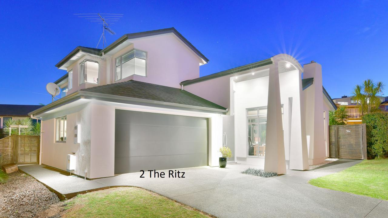 2 The Ritz, Orewa
