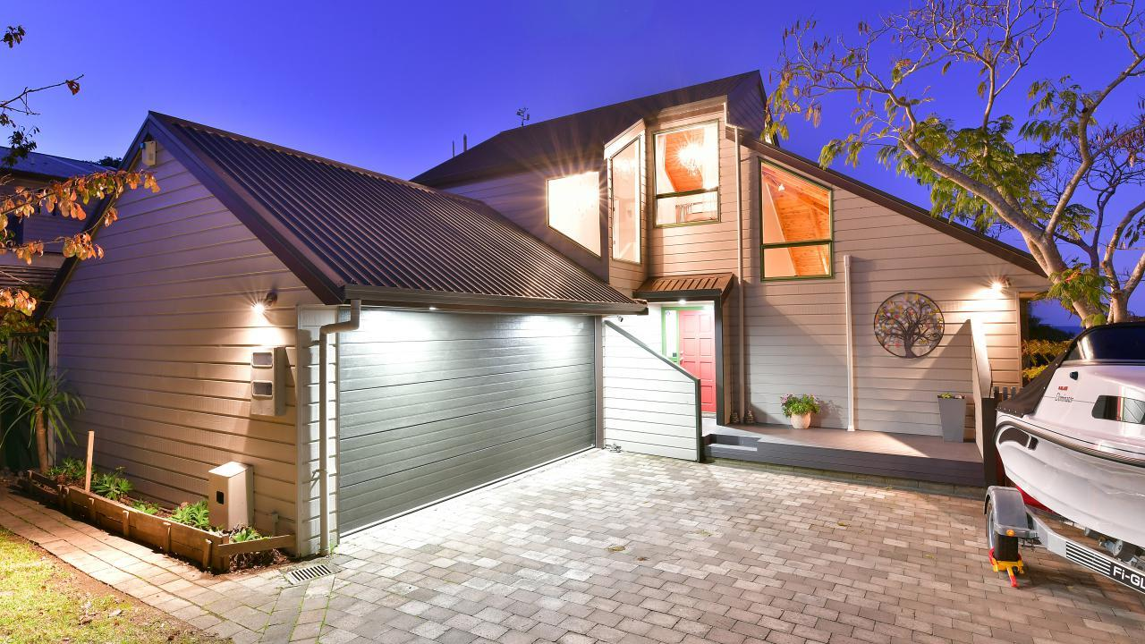 18 Whale Cove, Red Beach