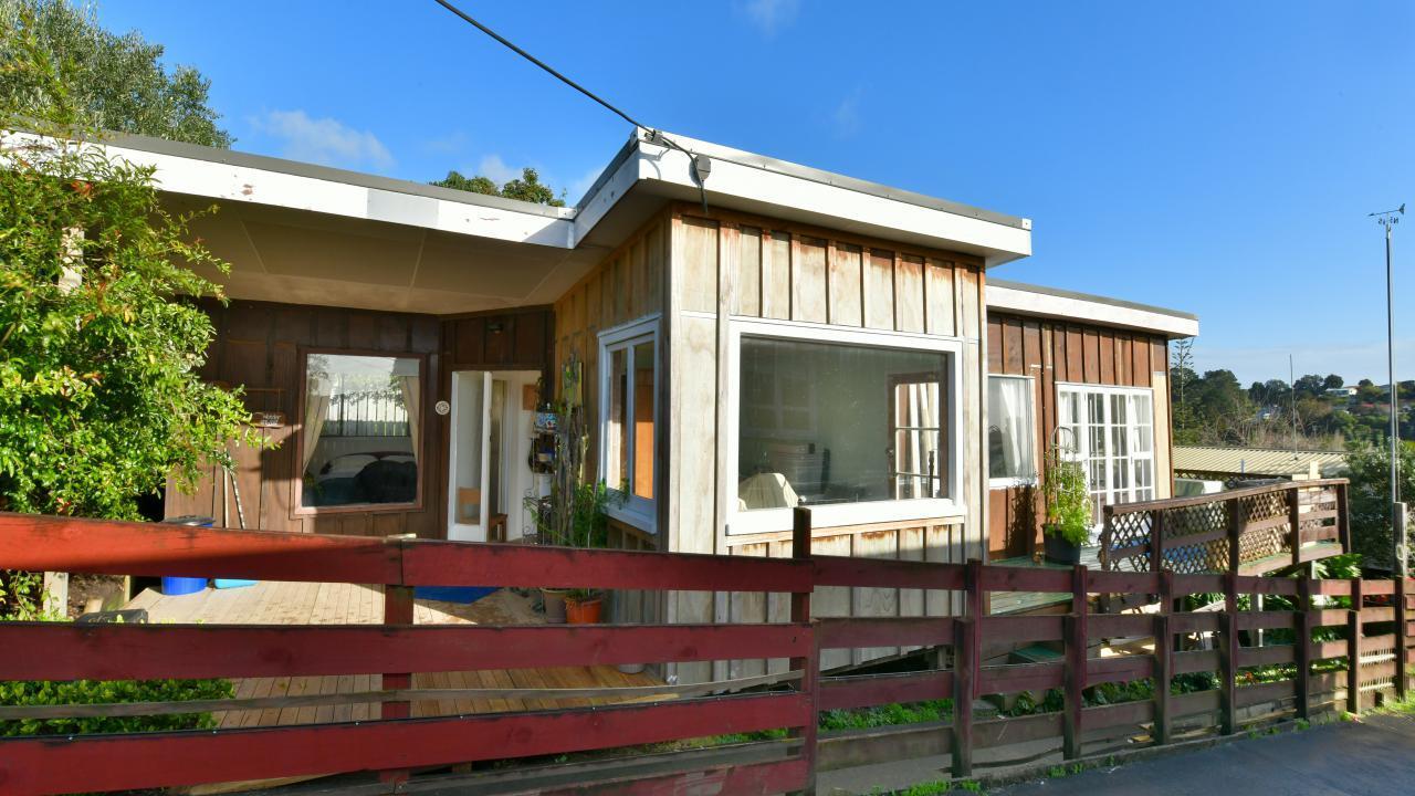 17 Scott Road, Stanmore Bay