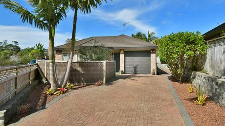 38 Red Hibiscus Road, Stanmore Bay