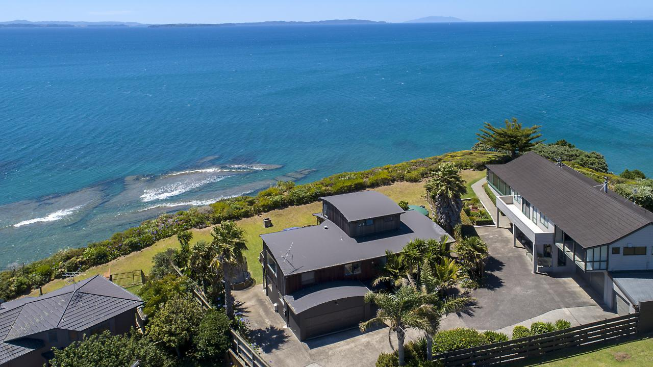 21B Siesta Terrace, Gulf Harbour