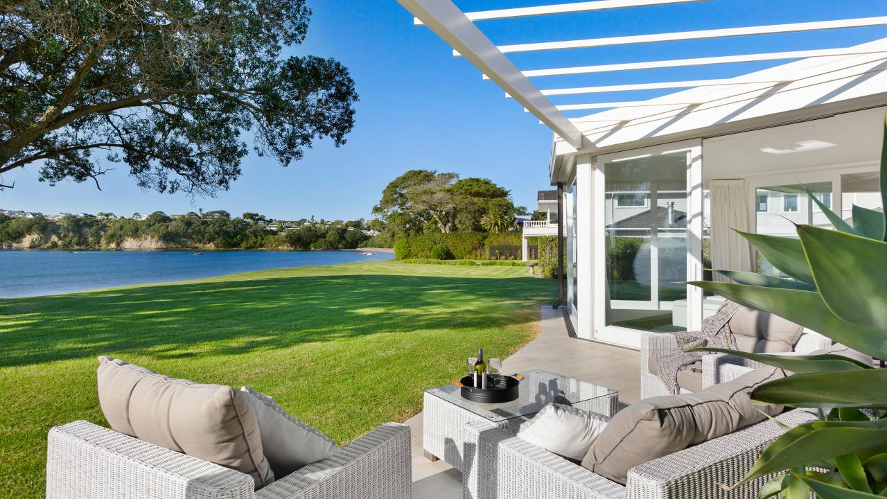 7 Claude Road, Stanmore Bay
