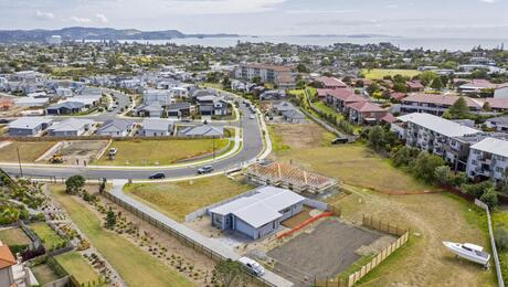 51 Couldrey Crescent, Red Beach