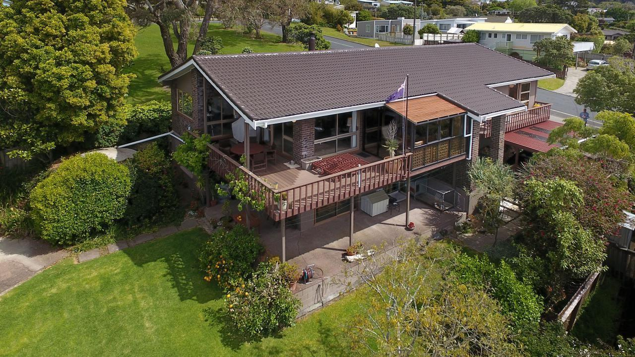 3 Francis Avenue, Stanmore Bay