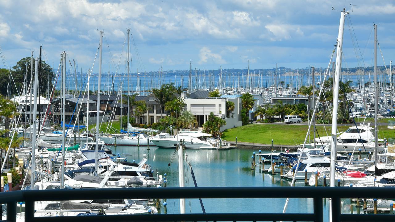 29 Waterside Crescent, Gulf Harbour
