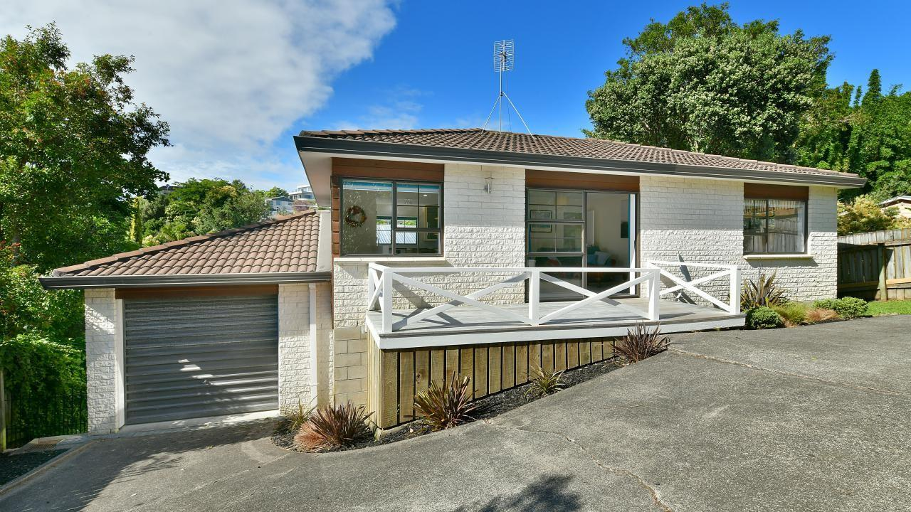 54b Polkinghorne Drive, Manly