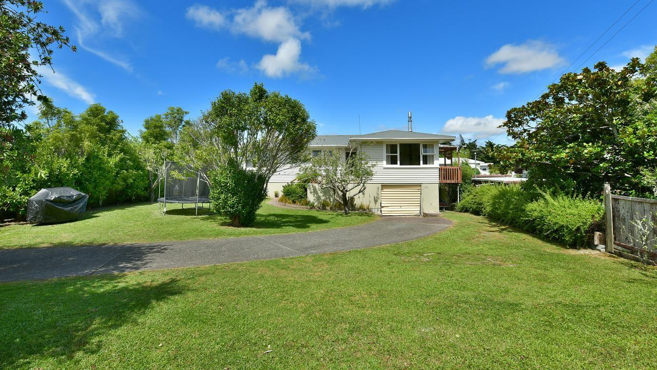 1 Poplar Road, Stanmore Bay