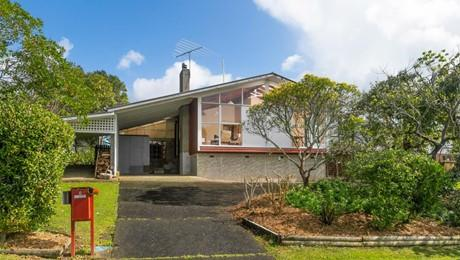 6 Ware Place, Pakuranga Heights