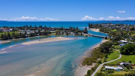17 Maori Hut Road, Red Beach
