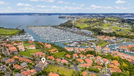 20 Quarter Deck Lane, Gulf Harbour