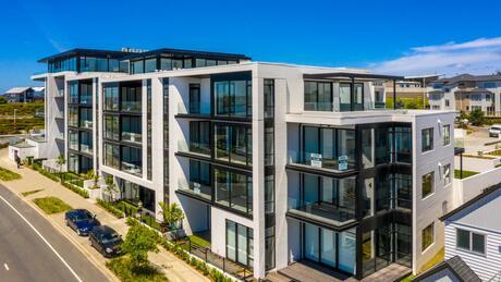Apartment 103 Beach and Cavalli Apartments, Long Bay