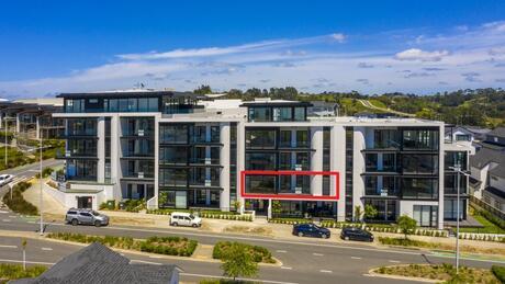 Apartment 204 Beach and Cavalli Apartments, Long Bay