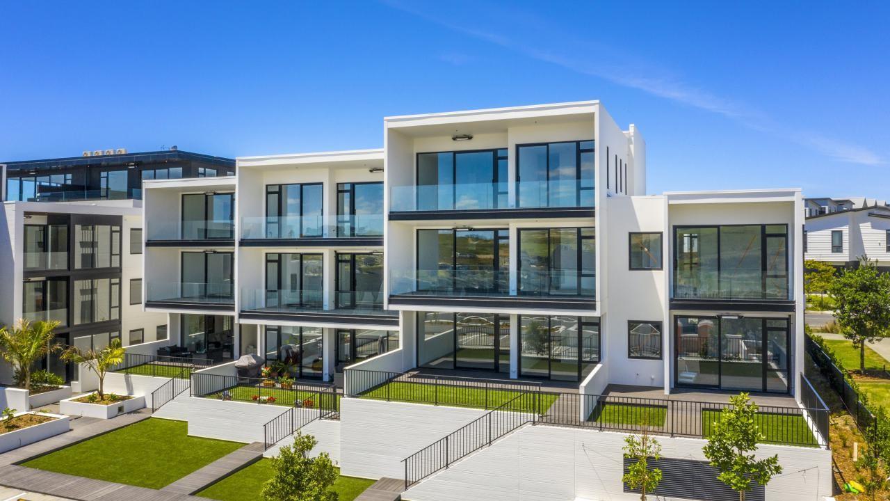 Apartment 209 Beach and Cavalli Apartments, Long Bay