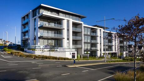 Apartment 306 Beach and Cavalli Apartments, Long Bay