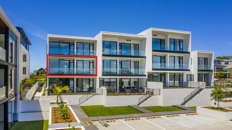 Apartment 309 Beach and Cavalli Apartments, Long Bay