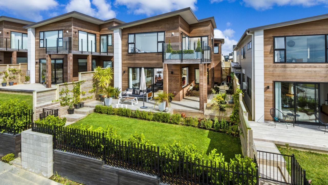 9 Coastview Lane, Long Bay