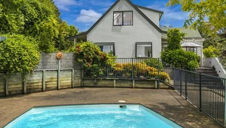 84 Upper Harbour Drive, Greenhithe