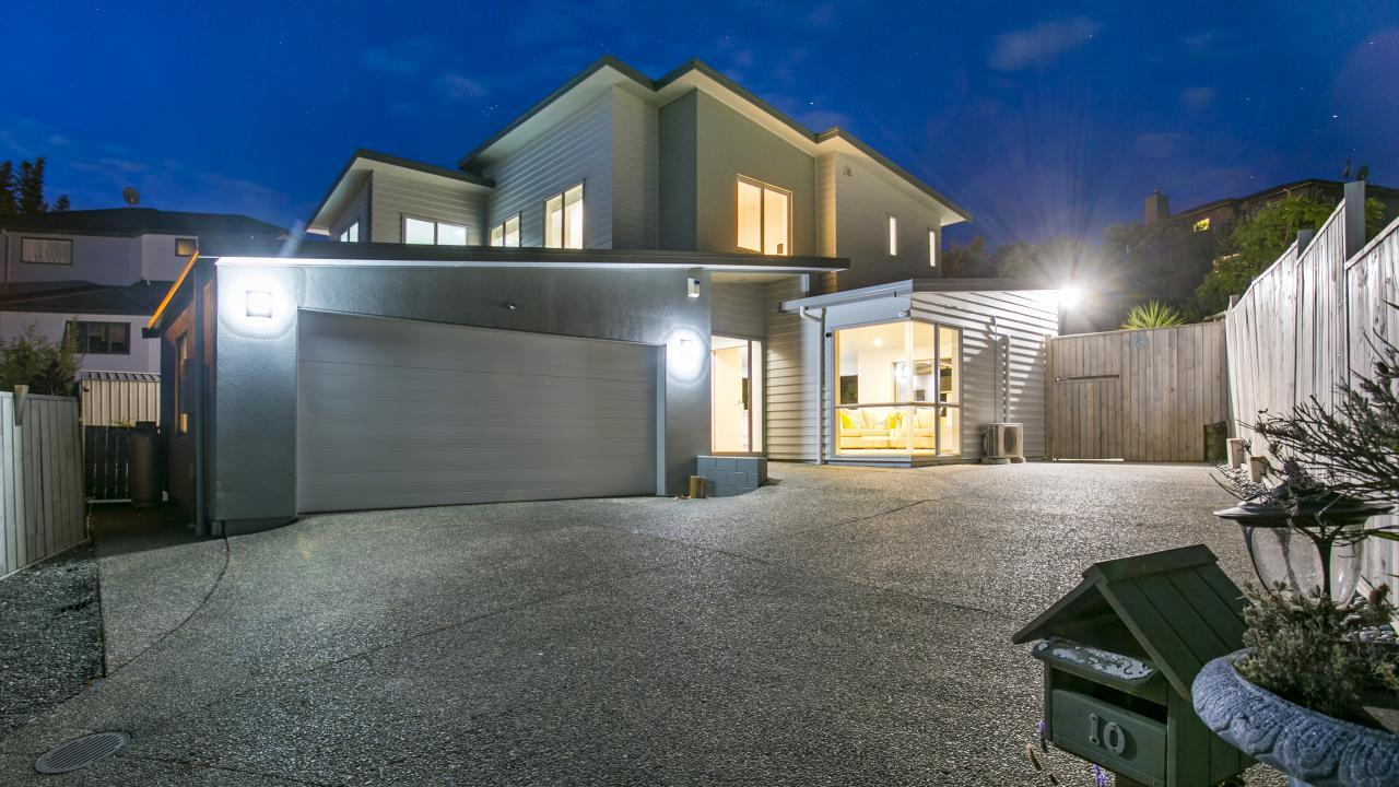 10 Carol Lee Place, Albany