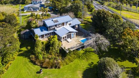 189 Upper Harbour Drive, Greenhithe
