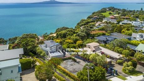 195 Beach Road, Castor Bay