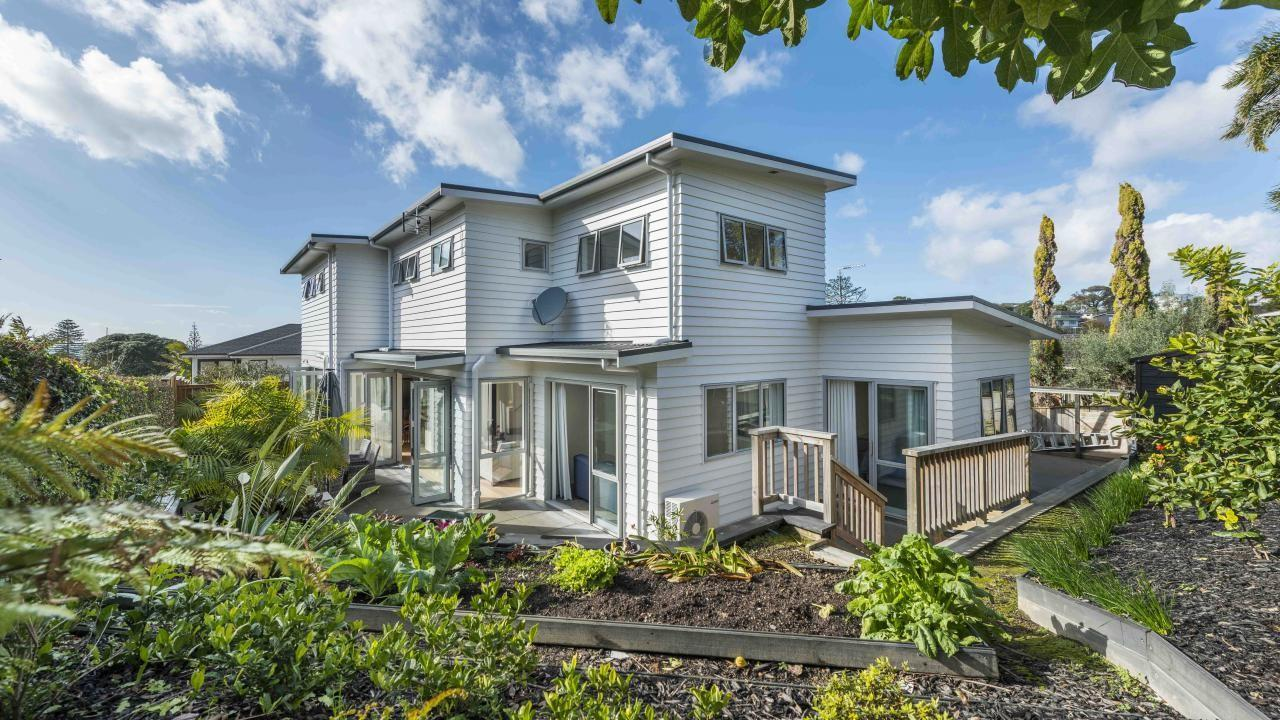 3a Rossmore Tce, Murrays Bay