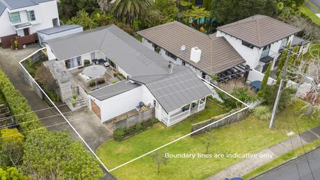 21 Lyons Avenue, Murrays Bay
