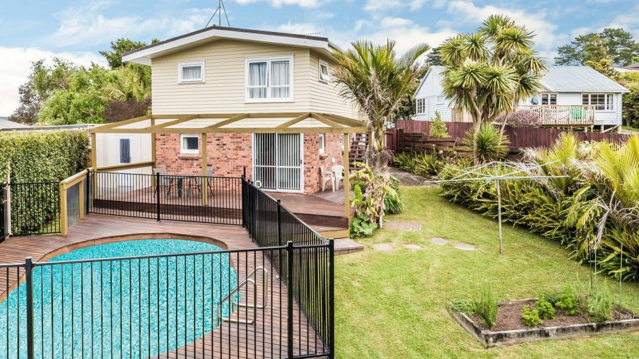 53 Canberra Avenue, Lynfield