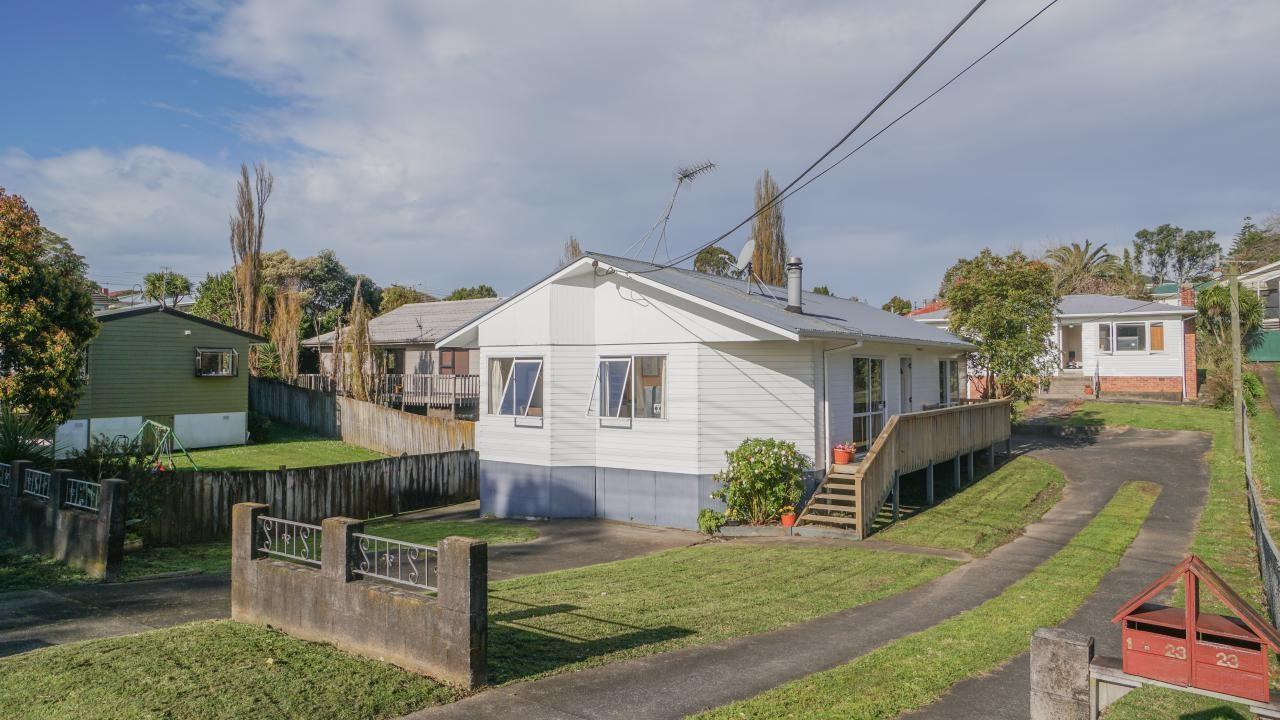 23 and 1/23 Mcleod Road, Henderson