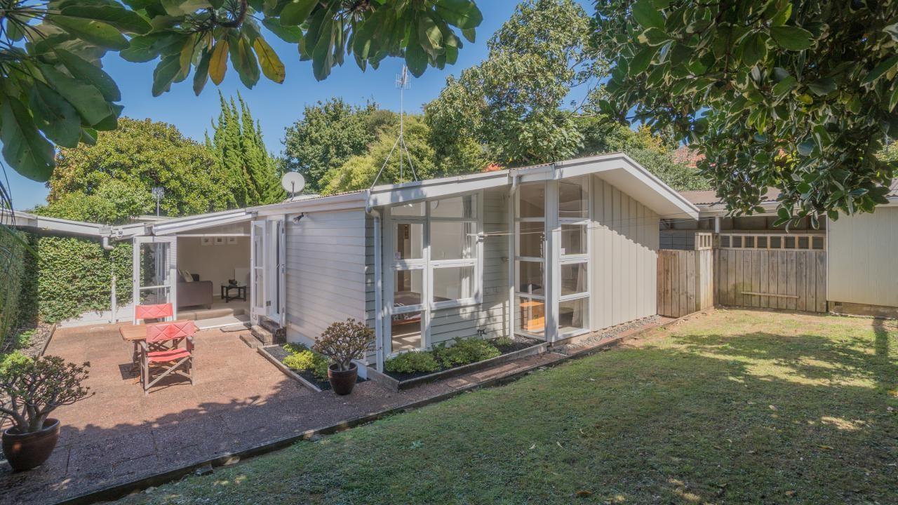 2/89B Te Kawa Road, Greenlane