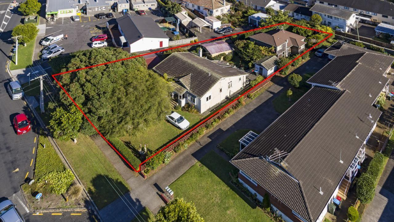4 and 4A Turama Road, Royal Oak