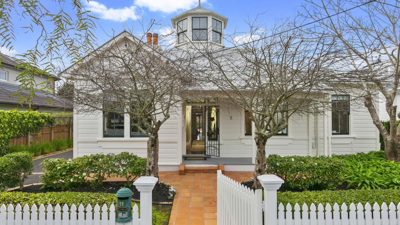 11 Clarence Road, Northcote Point
