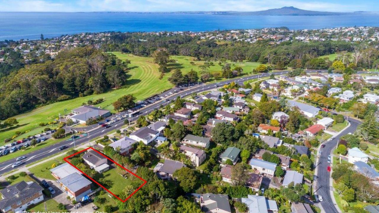 298 East Coast Road, Forrest Hill