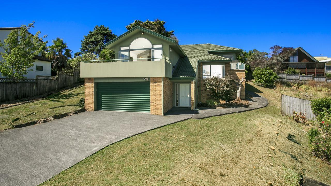 26 Taroka Close, Pinehill